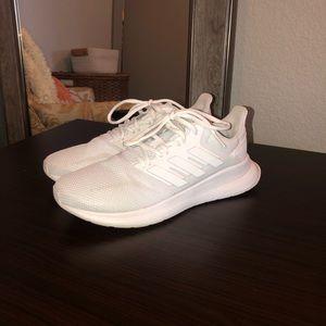 Adidas tennis shoes